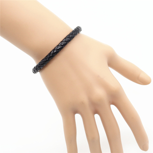 Image 5 - Wholesale 100pcs/lot New Fashion Wrap Handmde Rope Braid Weave Female Femme Homme Male PU Leather Men Bracelet For Women Jewelry