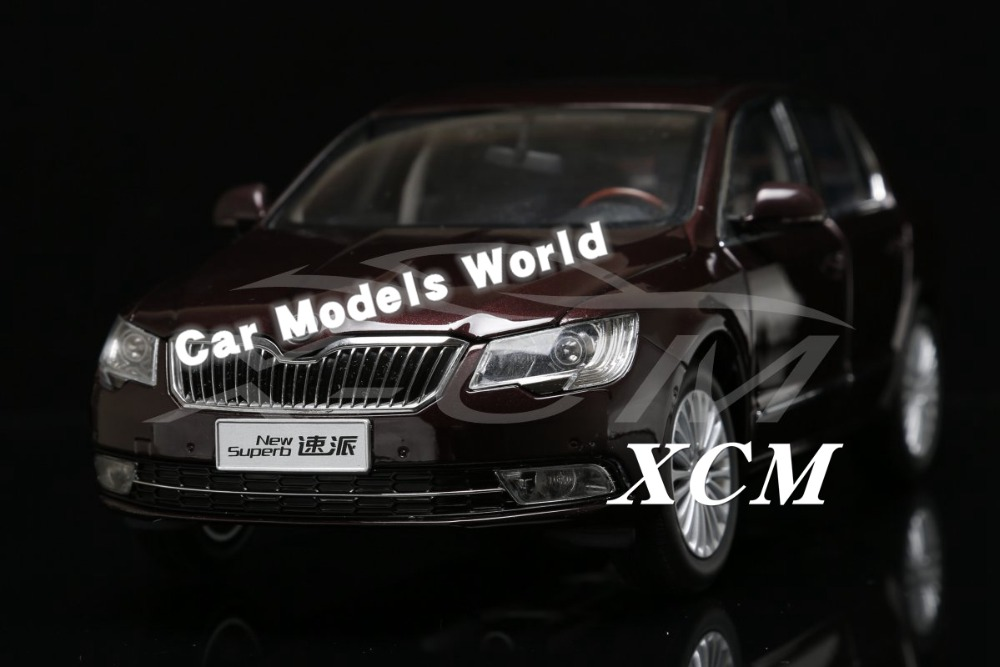 Diecast Car Model for New Superb 1 18 Red SMALL GIFT