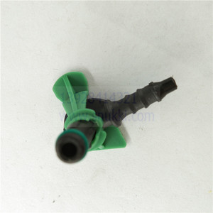 Image 5 - small size diesel injector return pipe for Siemens/vdo plastic green/black color 5pcs a lot