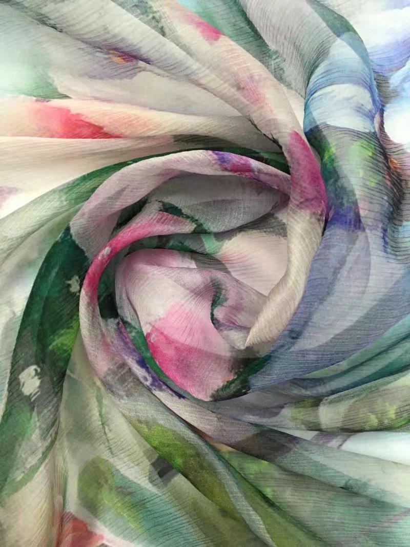 Pretty Flower Silk Fabric For Lady Dress Digital Prints Silk Crinkle