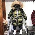 2016 Boy invierno de la chaqueta de los niños espesan ropa de abrigo y abrigos de Camuflaje de algodón acolchado boy parkas medio-largo muchachos invierno las capas calientes