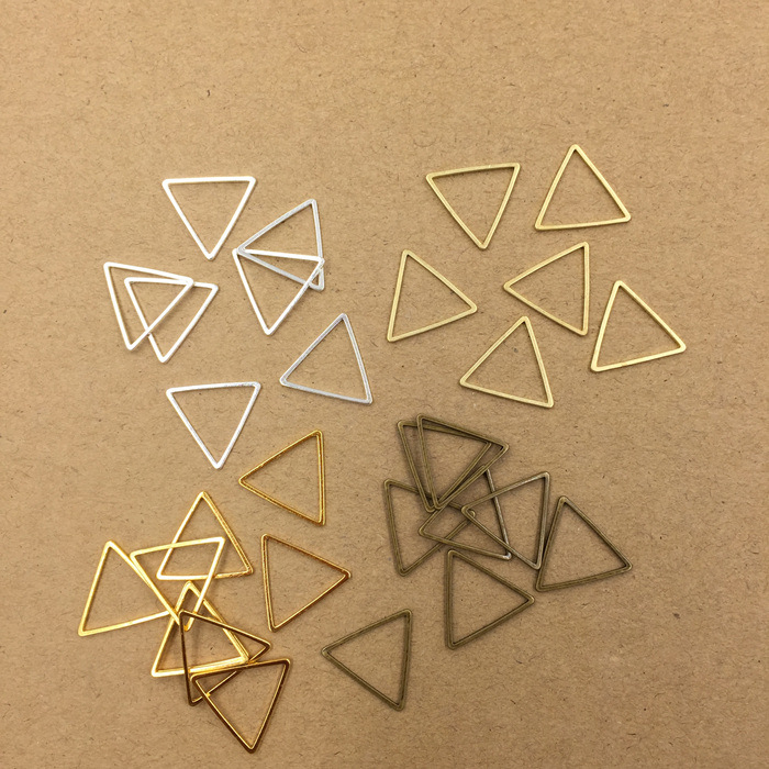 Sale 100Pcs 15MM 17MM 20MM 24MM 29MM Metal Brass Geometric Triangle Connector Charms 3 Colors DIY Jewelry Findings Components