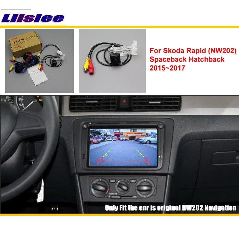 Liislee Pro Skoda Rapid 2015 ~ 2017 Nástěnné zadní náhon vozu Zálohované obrácené sady fotoaparátů / RCA a originální obrazovka Kompatibilní / Parkovací kamera