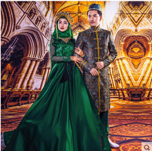 Hot Green Arab Muslim Wedding Dresses With Hijab Lace Long Sleeve Bridal Gowns High Neck Abito da sposa Custom Made