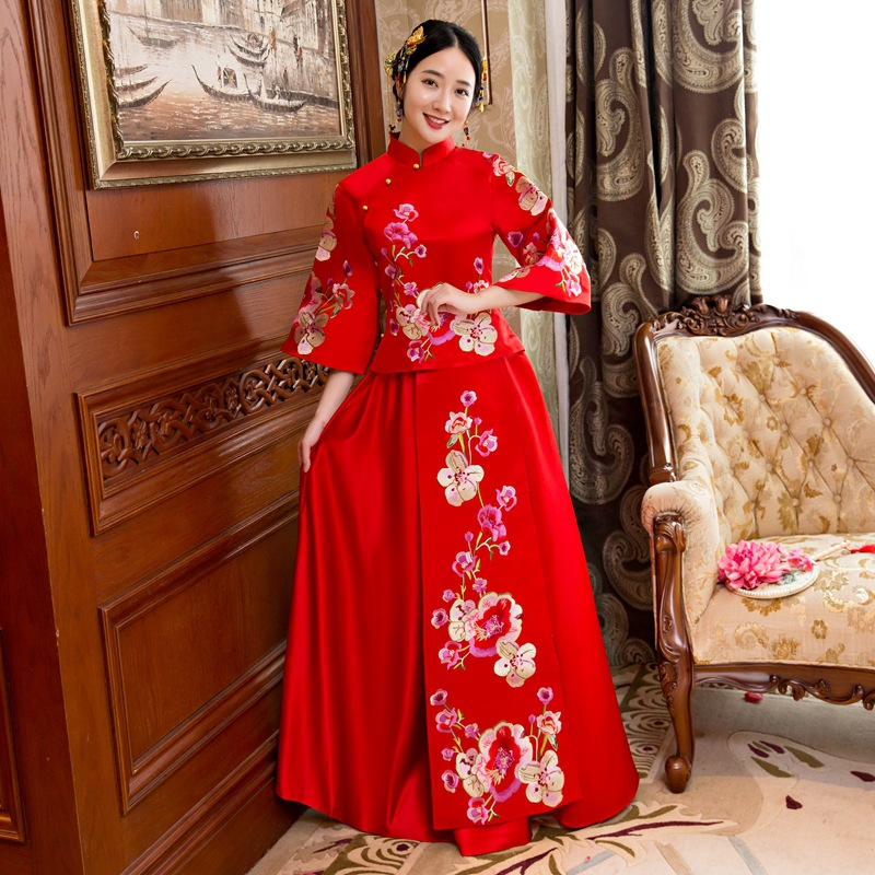 Chinese Women Evening Gowns Elegant Embroidery Flower Qipao Oriental Bride Wedding Dress New Retro Female Cheongsam Vestidos
