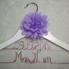 Персонализированные свадьбы вешалка, невесты подарки, Имя вешалка, вешалка невест Рождественский подарок двойной провод вешалки