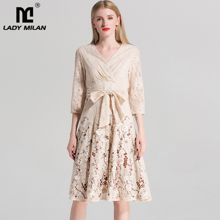 New Arrival 2018 Womens Sexy V Neck 3/4 Sleeves Embroidery Lace Appliques Sash Bow Fashion High Street Dresses