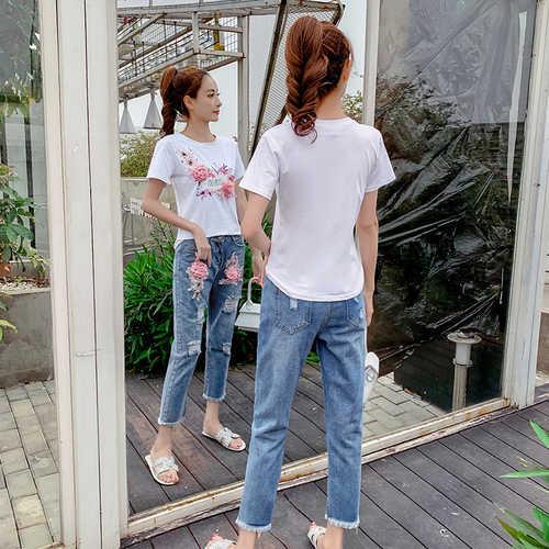 Hohe Qualität Sommer Neue Stil Kurzarm Zwei Stück Set 3D Floral Baumwolle Brief t-shirt Top + Zerrissene Jeans denim Casual Anzüge
