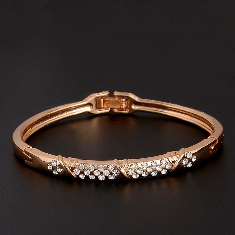 9346ec347e03 Qcooljly diseño de moda alta calidad de oro de color austríaco claro boda  joyería Brazaletes