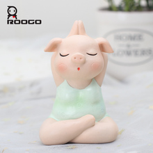 Roogo Home Decoration Accessories Yoga Pig Miniature Figurines Cute Decor For Resin Ornaments Furnishing