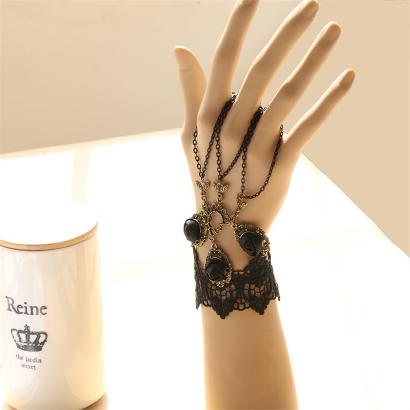 Gothic Victorian Lace Bracelet 2