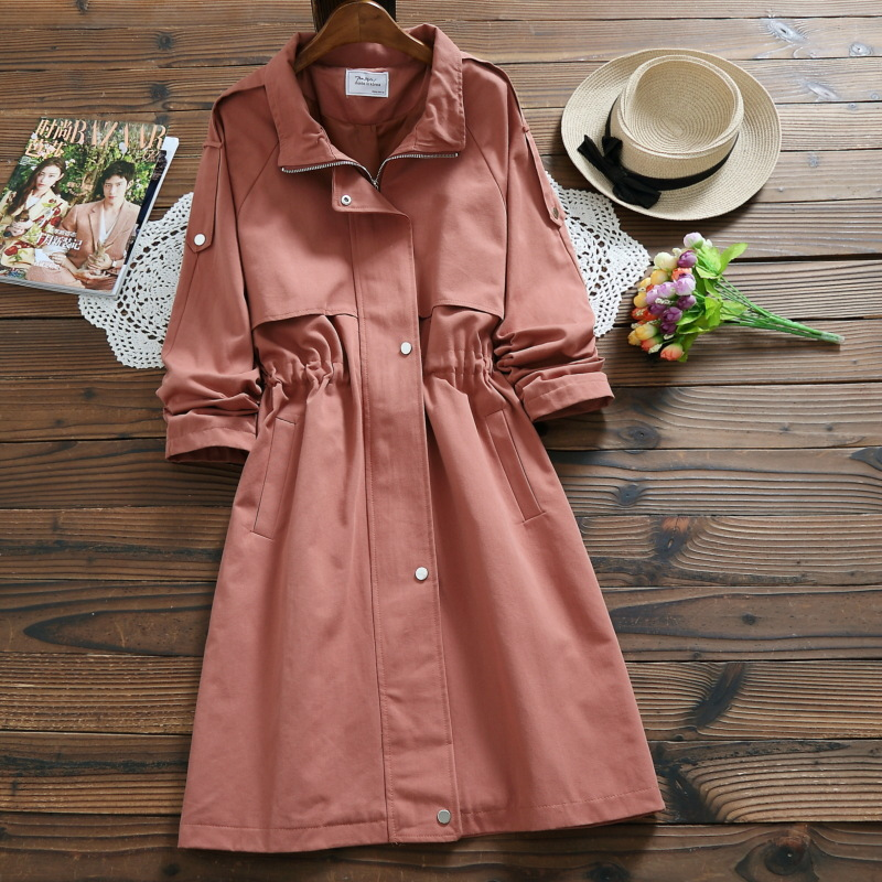 Japanese style loose show thin ladies tether waist Windbreaker ,women 's trench coat ,2018 new fashionable lady winter coats