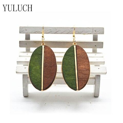 Купить женские деревянные серьги полукруглые минималистичные в форме