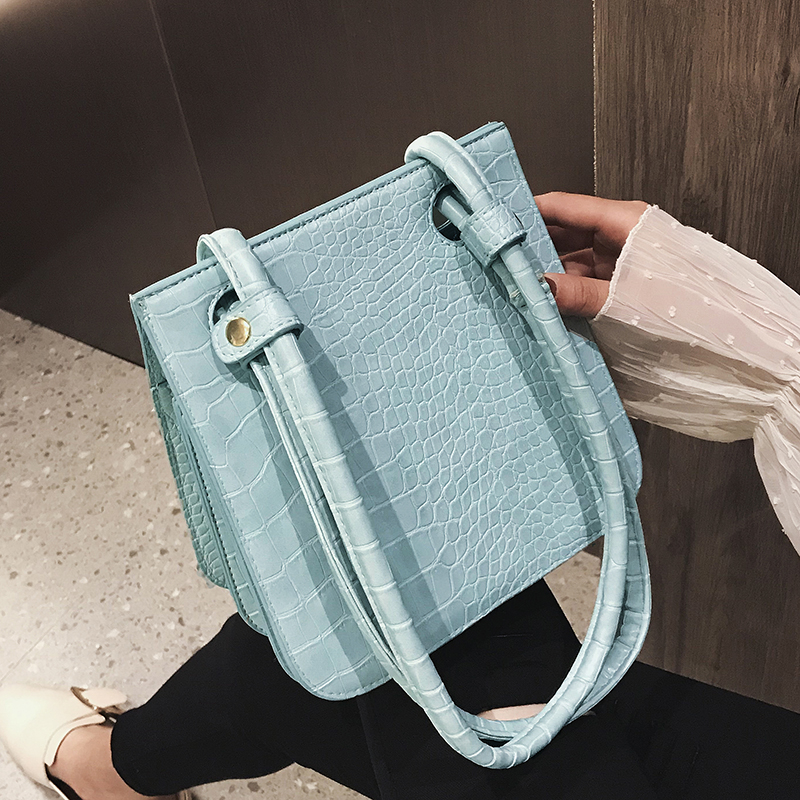 Crocodile Pattern Crossbody Bags For Women 2019 New Fashion Shoulder Messenger Bag Ladies Solid Color Handbag Travel Hand BagCrocodile Pattern Crossbody Bags For Women 2019 New Fashion Shoulder Messenger Bag Ladies Solid Color Handbag Travel Hand Bag