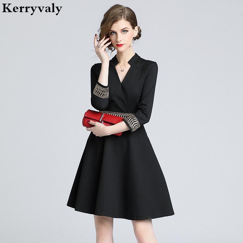 Autumn Long-sleeved Women Embroidered Dress Vestidos Casuales Mujer 2019 Midi Black Office Dress Lange Jurken K6202