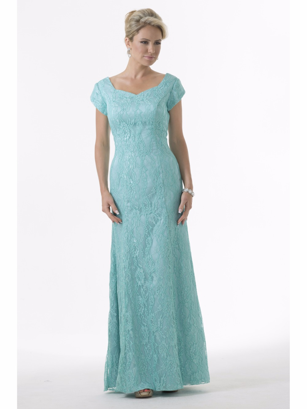 Mint Green Lace Modest Bridesmaid Dresses 2017 With Cap Sleeves ...