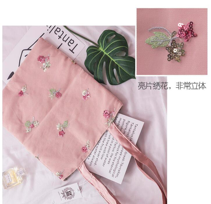 Angelatracy 2019 Fashion Sequins Flower Floral Canvas Japan Embroidery Bohemian Shopping Crossbody Casual Totes Bags Handbags