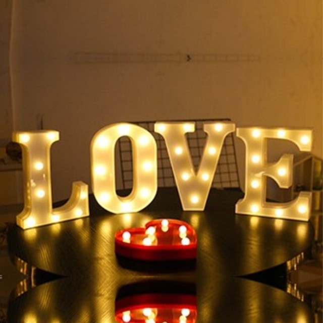 22CM 3D 26 White Letter LED Marquee Sign Alphabet Light Indoor Wall Hanging Night Light Bedroom Wedding Birthday Party Decor