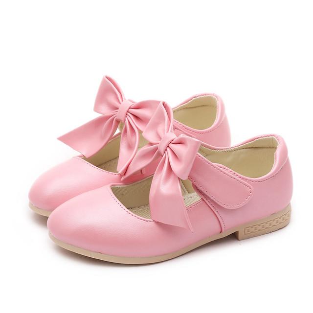 Kids Girls Children Bowknot Wedding Party Dress Princess Shoes For Girls  White Pink Gold New Spring 2018 Dance Leather Shoes 555a830c3a1d