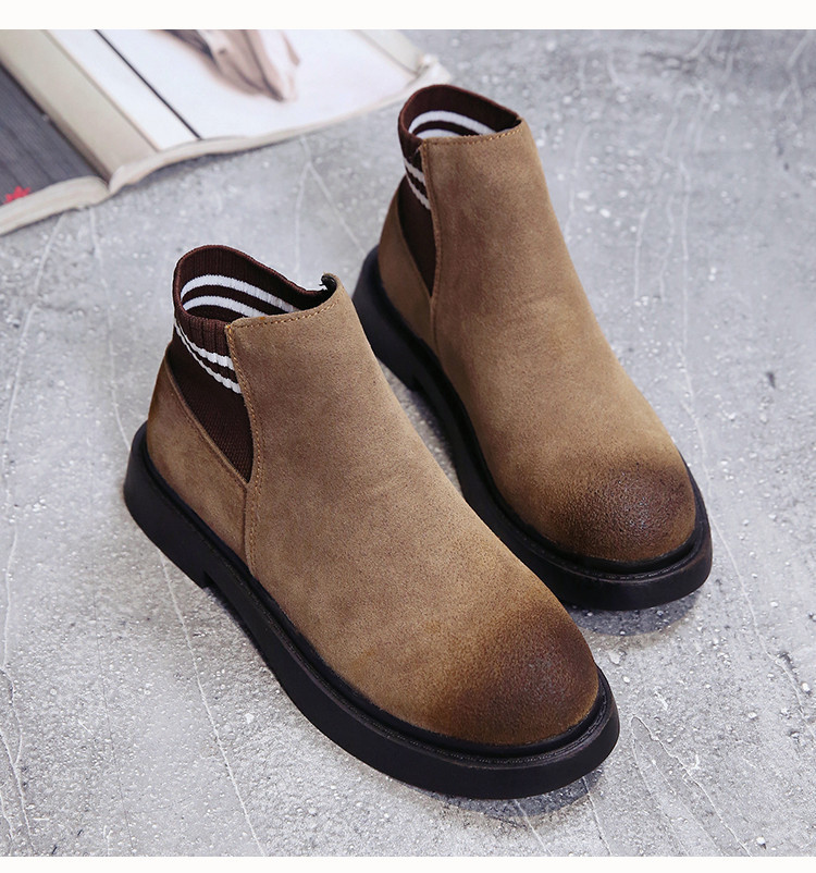 The new autumn 2018 Martin boots flat short tube with restoring ancient ways round head women's boots 52