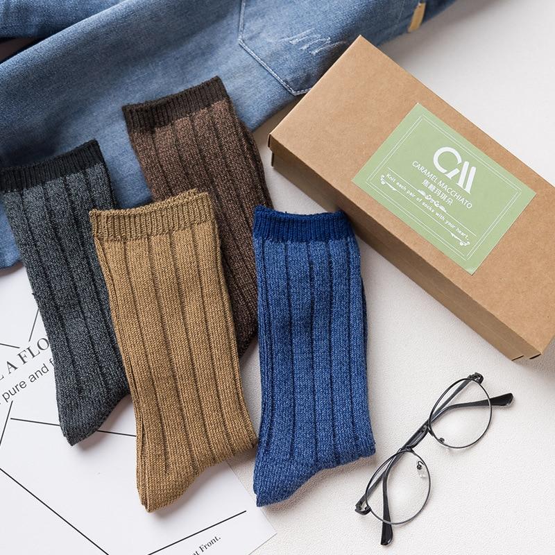 2017 men socks 4 pairs new autumn gift box men socks long mens fashion thick warm 100% cotton striped socks