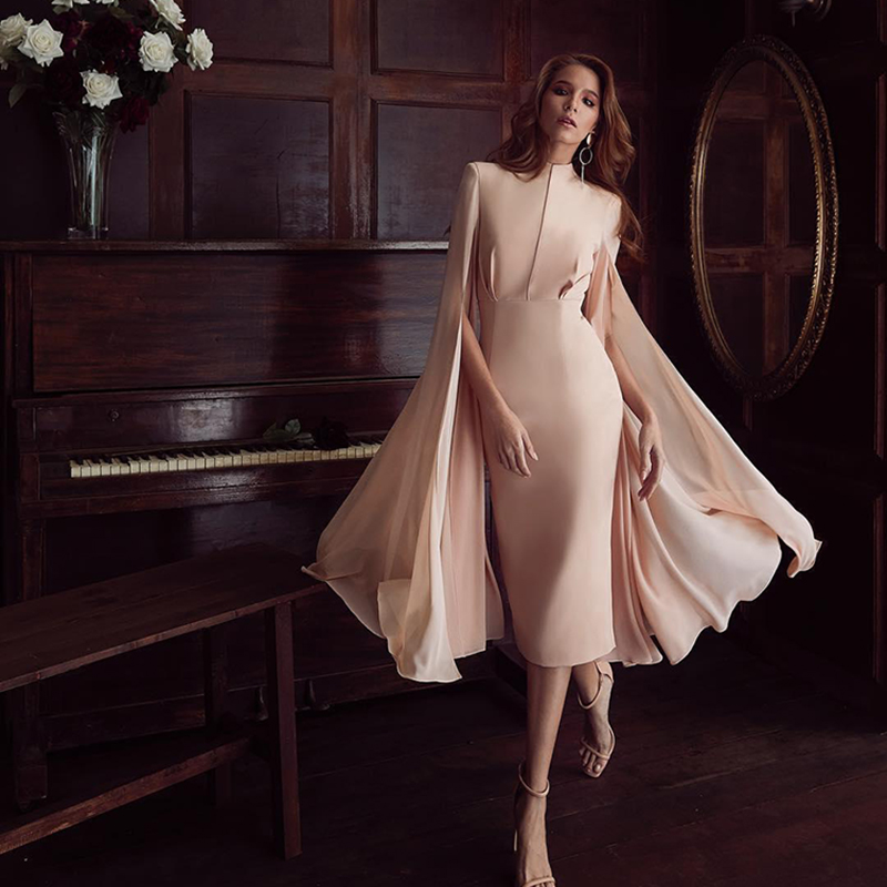 HIGH STREET New Fashion 2018 Designer Runway Dress Women s Stylish Cloak Sleeve Dress Party Dress