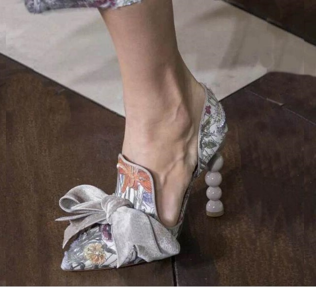 Hot Pearl High Heels Shoes Bow Tie Pointed Toe Women Sandals Elegant Girls Cut-out Patchwork Tenis Feminino Wedding Shoes