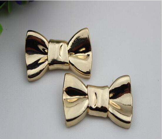 Free shipping (10 PCS/lot) beautiful golden fold bow sandal shoes button clip DIY manual metal Shoe Decorations c-45 20pcs lot free shipping 5 design diy hair accessory bow flowers pearl buttons alloy rhinestone button bt05