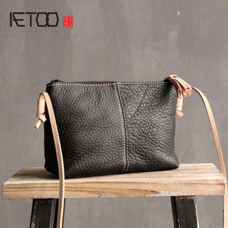 AETOO Original leather handbags 2016 new shoulder diagonal cross small bag ladies simple first layer of leather soft leather Mes jialante 2017 new lizard leather bag is made of simple small shell bag customized for 15 days