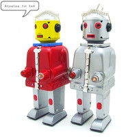 Classic Tin Wind Up Clockwork Toys mechanical Mr. Robot Wind up Tin Toy For Children Adults Educational Collection Gifts