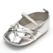 2015 Fashion New Style New Born Baby Shoes Solid Sliver Soft Bottom Anti-slip Sole Home First Walker Baby Shoes