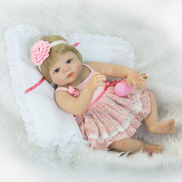 Full Body Silicone Reborn Girl Baby Doll Toy 55cm Baby Reborn Babies Lifelike birthday Present Gift Play House Bathe Toy christmas gifts in europe and america early education full body silicone doll reborn babies brinquedo lifelike rb16 11h10