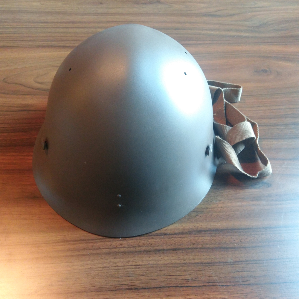 WWII WW2 Japanese Army Military Type 90 Helmet With Star Badge JP/407101