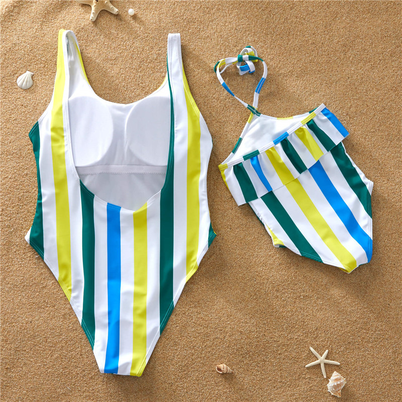 Mother and Daughter Swimwear 2019 Pink Print Off Shoulder One Piece Swimsuit Summer Beach Family Matching Swimwear E0197 in Matching Family Outfits from Mother Kids