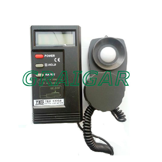 Digital Lux Meter TES-1330A ,Free Shipping digital professional lux meter free shipping range 0 30000 lux st8050 st 8050