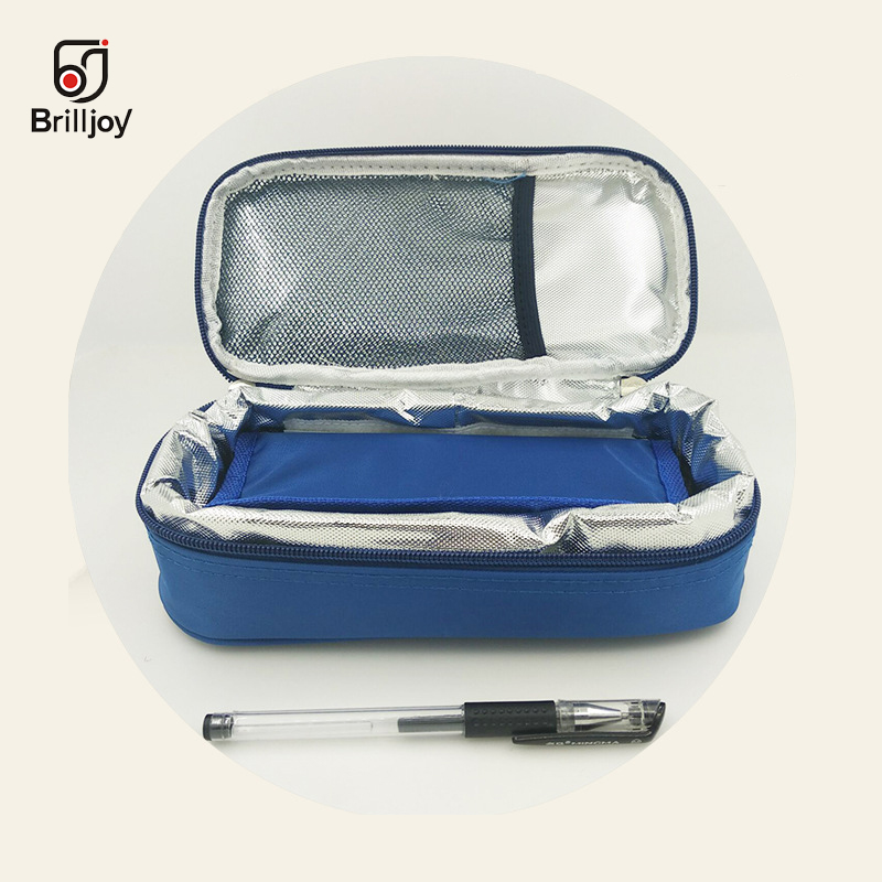 Insulin Cooler Box Bag Portable Insulated Diabetic Insulin Travel Case Nylon Fabric Aluminum Foil Ice Bag Temperature Display