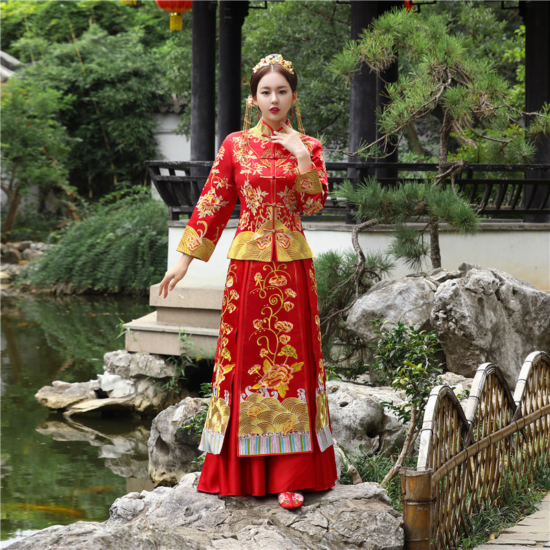 Oriental Women Red Floral Qipao Overseas Chinese Bride Wedding Dresses Gown Handmade Embroidery Cheongsam Han Fu Clothing Suit