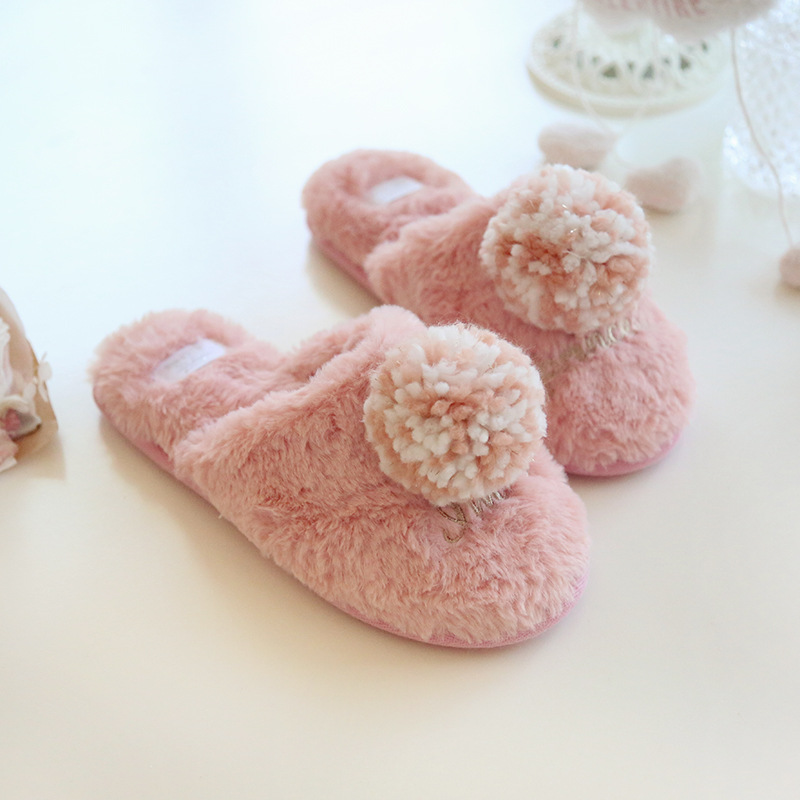 Autumn and winter silky velvet big hair ball non-slip warm cotton slippers plush sweet indoor flat cotton slippers