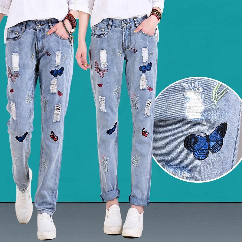Вышивка на джинсах бабочки