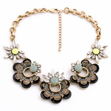 2017 Direct Selling Link Chain Plant Maxi Necklace Collares Collier New Luxury Brand Crystal Flower Big Pendants Necklace Women(China)