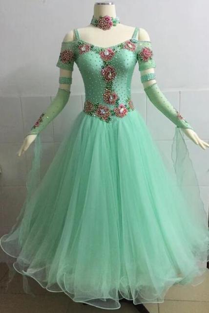 Standard Ballroom Dance Dress 2018 New Arrival Light Green Short Sleeve Waltz Tango Compeion