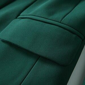 Image 5 - באיכות גבוהה הכי חדש 2020 מעצב בלייזר נשים של ארוך שרוול טור כפתורים כפול מתכת האריה כפתורים בלייזר מעיל חיצוני כהה ירוק
