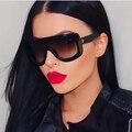 DRESSUUP 2016 Nova Praça Óculos De Sol Das Mulheres Marca Designer Big Quadro Shades Lentes Gradiente Óculos de Sol Oculos de sol Feminino