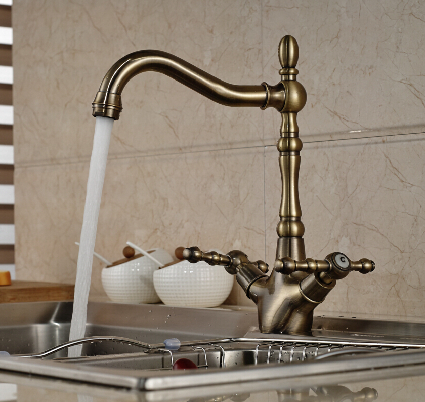 Luxury Antique Bronze Kitchen Faucet Swivel Spout Vessel