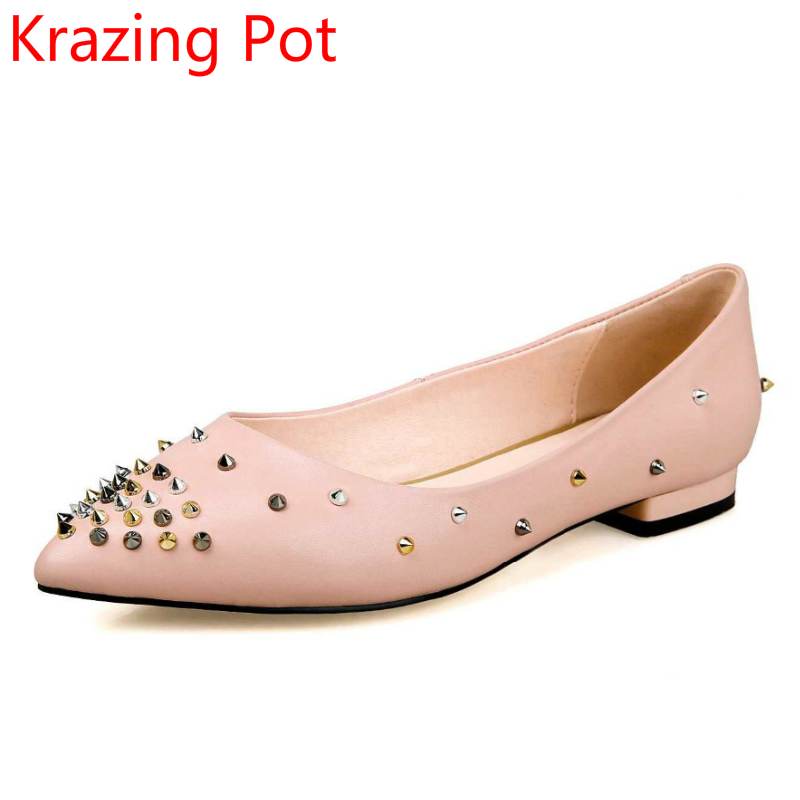 ФОТО 2017 Fashion Genuine Leather Solid Women Flats Classic Pointed Toe Rivets Slip on Brand Shoes European Style Runway Shoes 21