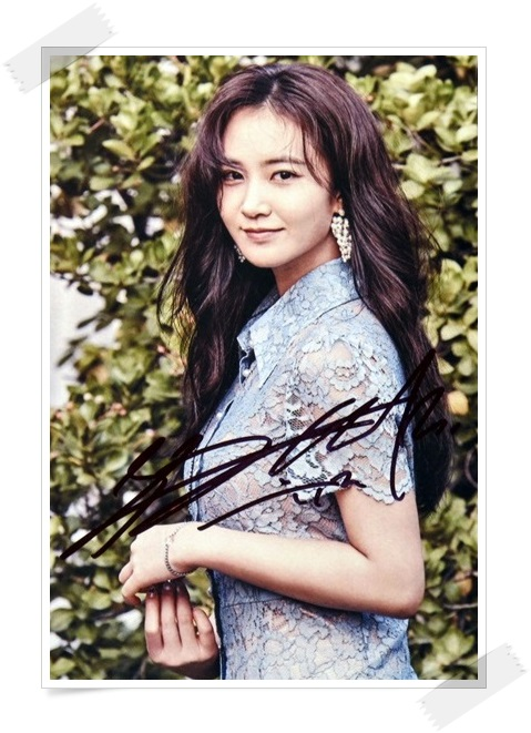 SNSD YURI  autographed signed original photo 4*6 inches collection new korean  freeshipping 02.2017 01 snsd yoona autographed signed original photo 4 6 inches collection new korean freeshipping 02 2017 01