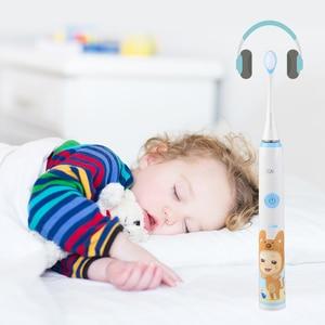 Image 4 - SEAGO 전동 칫솔 어린이 안전 방수 어린이 음파 칫솔 2pcs 여분의 부드러운 Bristles SK2