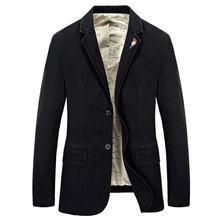 Мужской джинсовый хлопковый костюм пиджак с вышивкой и брошкой