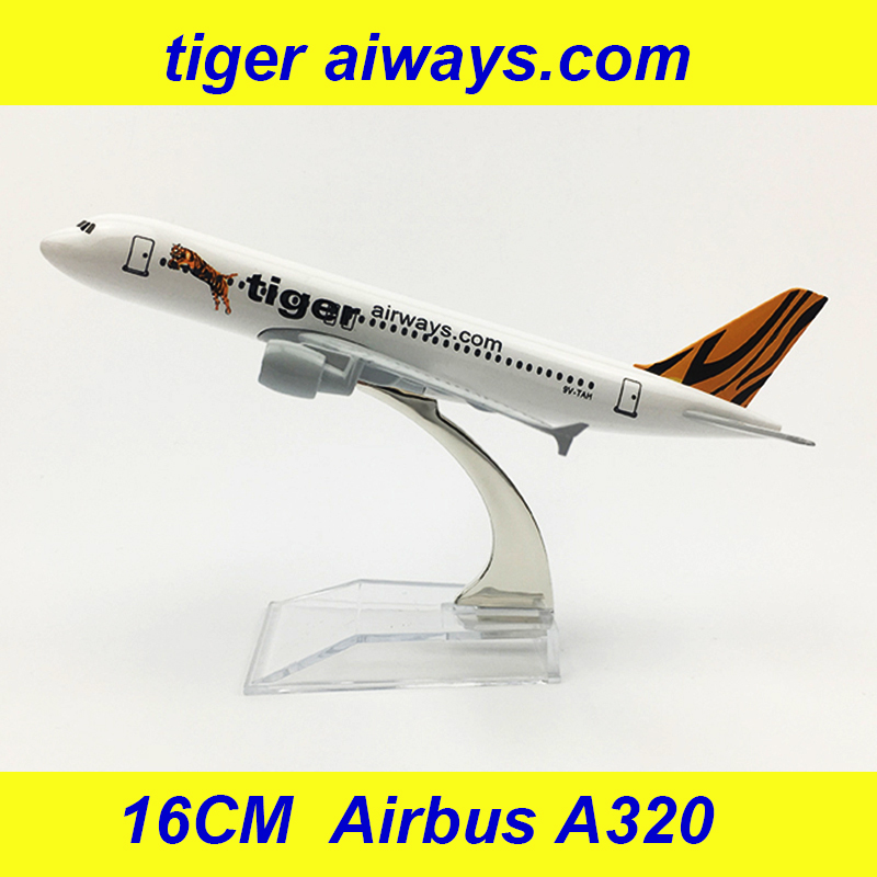 16CM 1:400 Airbus A320 Model Air Tiger Airways Airline With Base Alloy Aircraft Plane Collectible Display Model Collection Gifts
