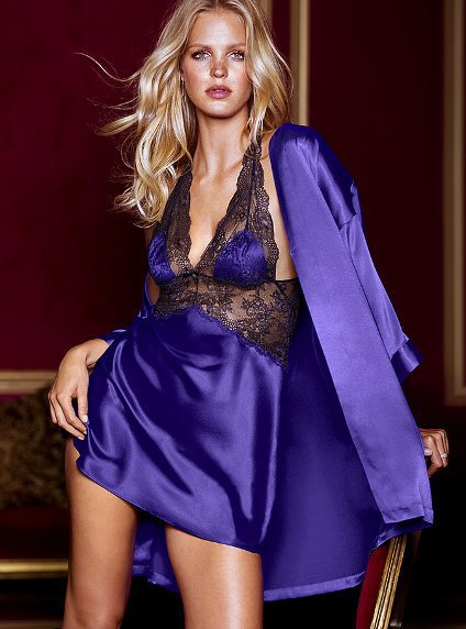 Sexy Lingerie Lace Silk Two-piece Bathrobes Pajamas Belt Dess Set Women Night Underwear 2017 Hot Babydoll